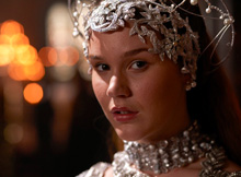 Anne-of-Cleves-women-of-the-tudors-30491202-220-162