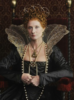 Joely-Richardson-stars-as-Young-Queen-Elizabeth-I-in-Anonymous